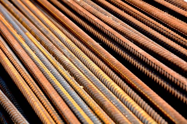 Barres d'acier rouillé - gros plan