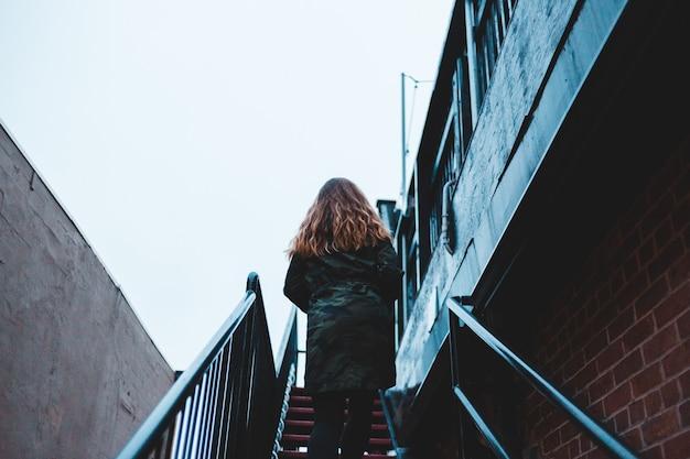 Bas, angle, photo, girl, marche, escalier