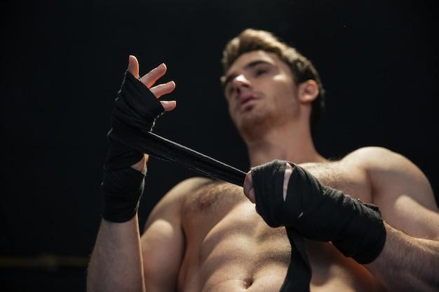 Bas, vue, boxeur, porter, gants
