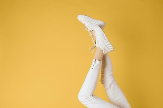 Baskets blanches à pieds inversés pour femmes