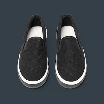 Baskets Streetwear Unisexes à Enfiler Noires à La Mode Photo gratuit