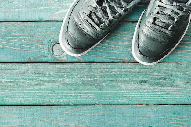 Baskets vertes, chaussures hommes