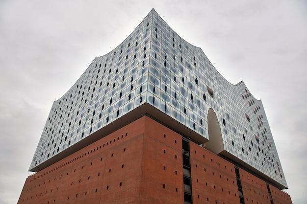 Bâtiment art nouveau moderne