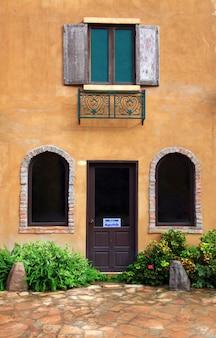 Bâtiment de style italien