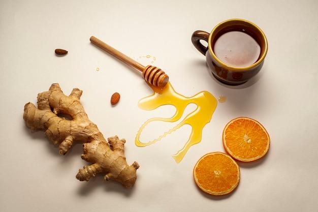 Bâton de miel avec du gingembre