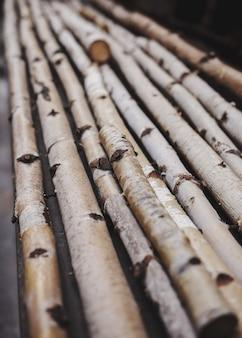 Bâtons de bouleau en bois