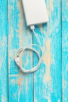 Batterie externe puissante avec fil usb