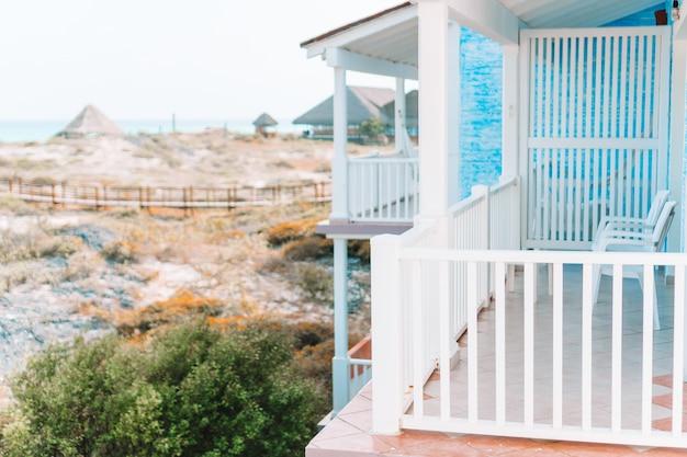 Beau balcon dans un petit hôtel de charme