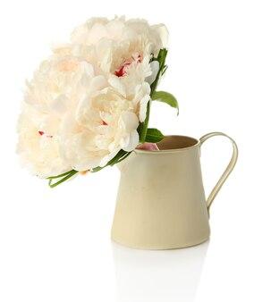 Beau bouquet dans un vase isolé sur blanc