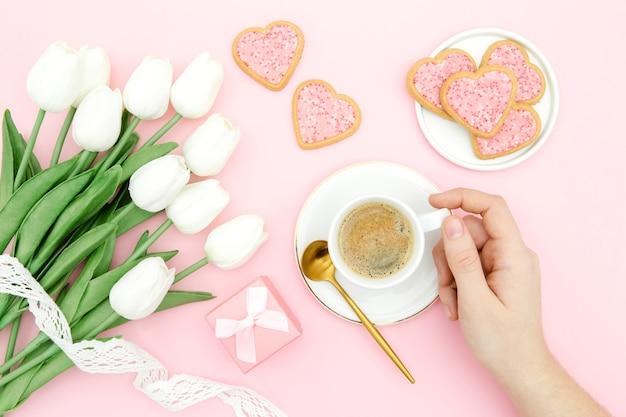 Beau concept de fête des mères avec des tulipes