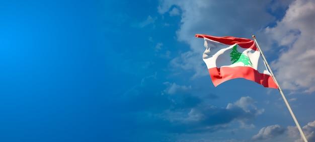 Beau drapeau national du liban avec un espace vide sur fond large
