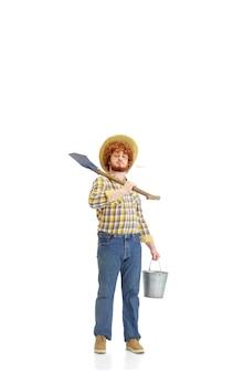 Beau fermier fermier isolé sur blanc