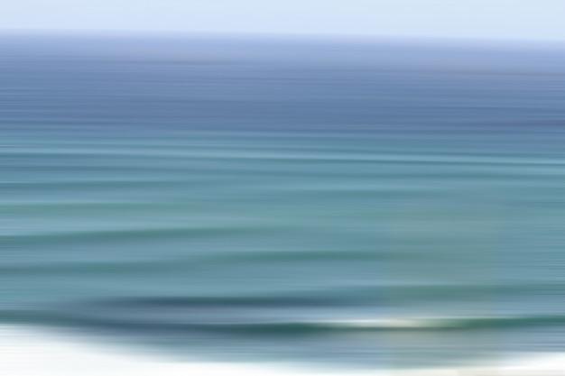 Beau gros plan de la texture incroyable de l'eau dans l'océan