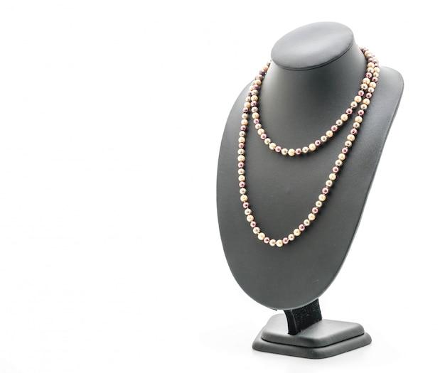 Beau et luxueux collier avec support à bijoux