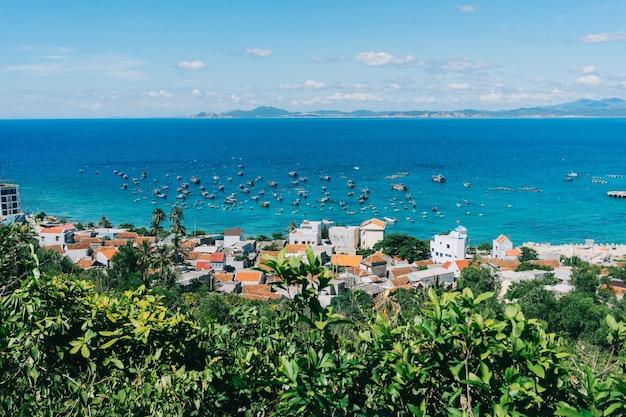 Beau paysage d'île tropicale
