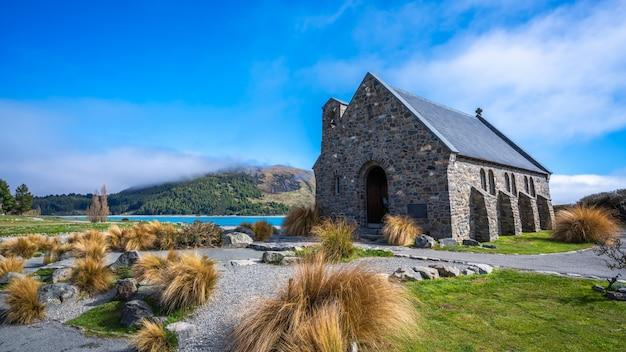 Beau paysage avec maison en pierre en nouvelle-zélande