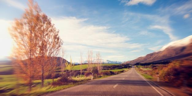 Beau paysage de route