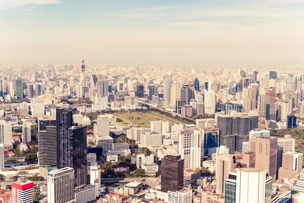 Beau paysage urbain avec architecture et bâtiment à bangkok en thaïlande