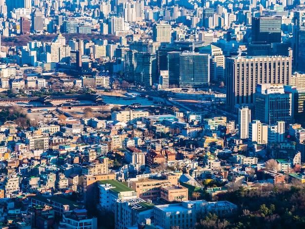Beau paysage urbain de construction d'architecture dans la ville de séoul