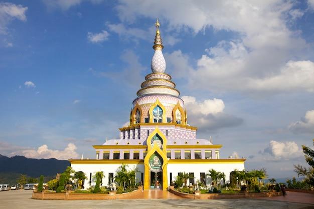 Beau temple de bouddha thail