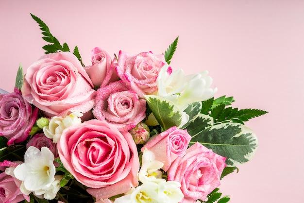 Beau et tendre bouquet de fleurs