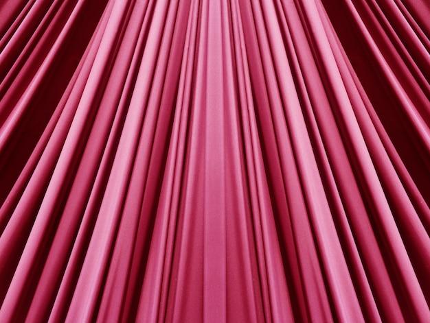 Beau tissu rose rouge à la mode rouge