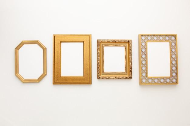 Beaucoup de beaux cadres sur fond blanc avec une place pour votre texte. photo de haute qualité