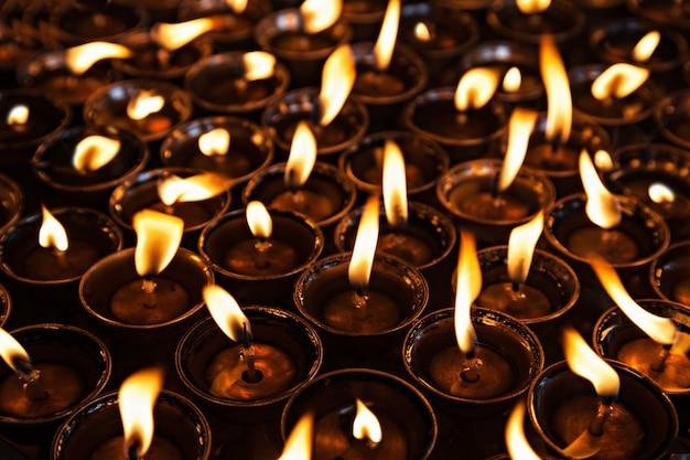 Beaucoup de bougies