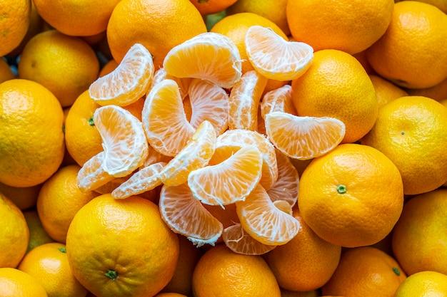 Beaucoup de fond de mandarines