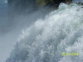 La beauté des chutes du niagara, apaisante