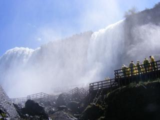 La beauté des chutes du niagara, liquide