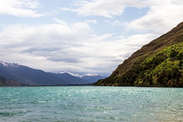 Beauté de la nouvelle-zélande lac wanaka île du sud