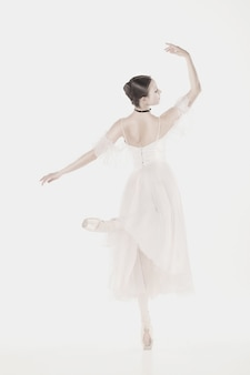 Beauté romantique. ballerine de style rétro