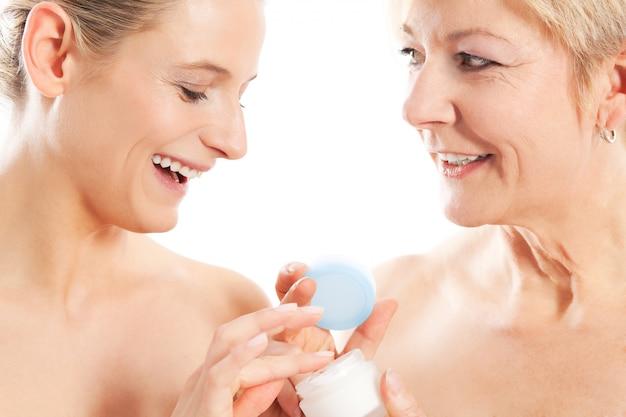 Beauté et soins de la peau en famille