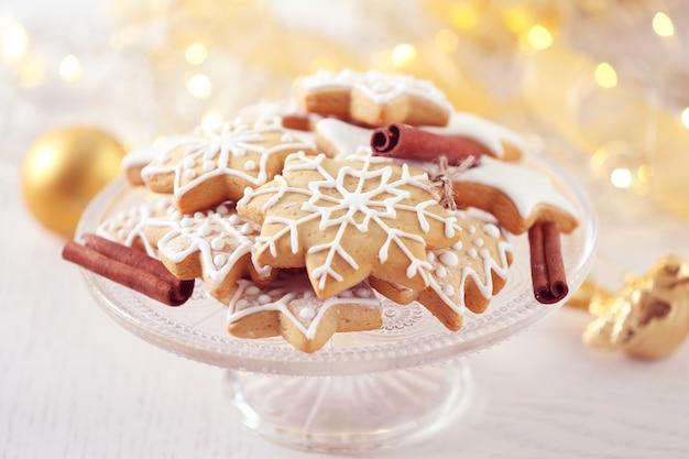 Beaux biscuits avec décor de noël
