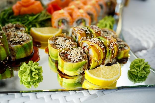 Beaux et délicieux repas au restaurant