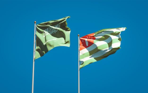 Beaux drapeaux nationaux de l'arabie saoudite et de l'abkhazie ensemble