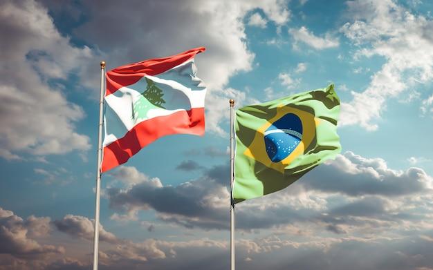 Beaux drapeaux nationaux du liban et du brésil ensemble sur ciel bleu