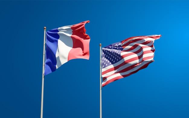Beaux drapeaux nationaux de la france et des etats-unis ensemble