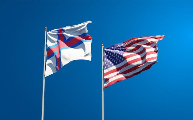 Beaux drapeaux nationaux des îles féroé et des états-unis ensemble