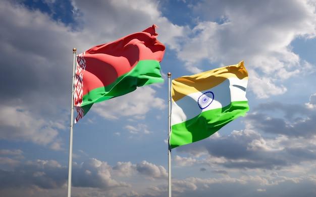 Beaux drapeaux nationaux de l'inde et de la biélorussie ensemble