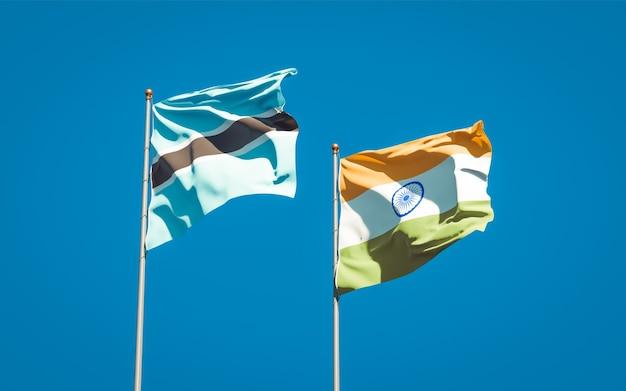 Beaux drapeaux nationaux de l'inde et du botswana ensemble