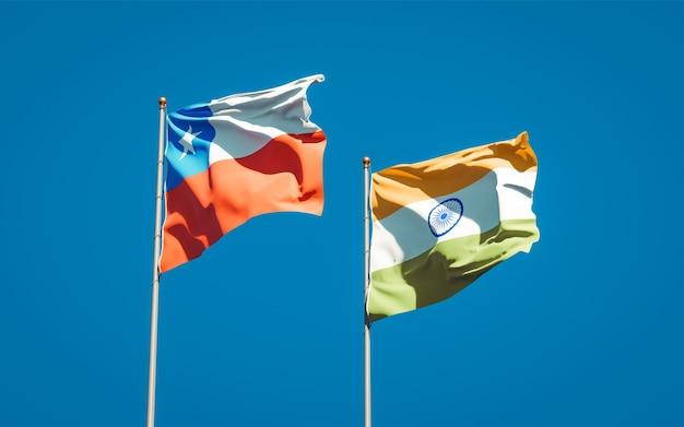 Beaux drapeaux nationaux de l'inde et du chili ensemble