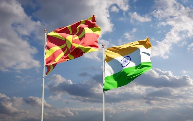Beaux drapeaux nationaux de la macédoine du nord et de l'inde ensemble