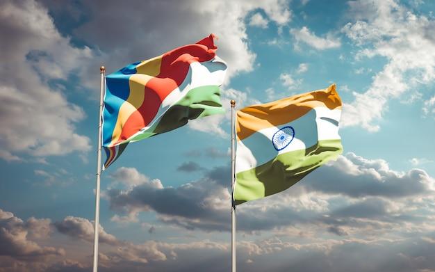 Beaux drapeaux nationaux des seychelles et de l'inde ensemble