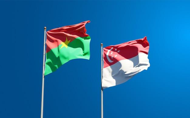 Beaux drapeaux nationaux de singapour et du burkina faso