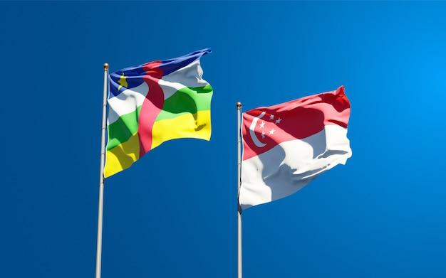 Beaux drapeaux nationaux de singapour et de la rca république centrafricaine