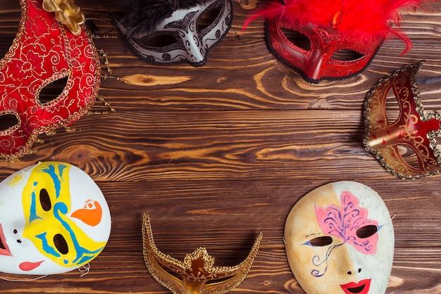 Beaux masques pour le carnaval