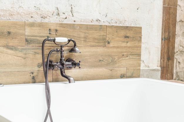 Beaux robinets vintage