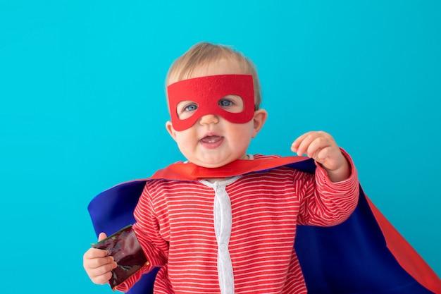 Bébé super-héros à la recherche de suite